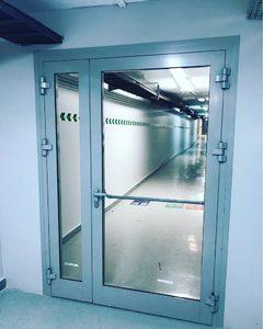 Противопожарная алюминиевая дверь АЛ-6